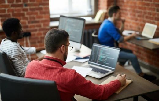 Šuoliui į karjerą IT reikia mažiau nei metų